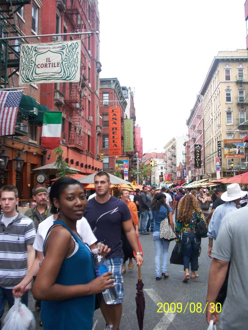 When I first visited NYC in 2009, I stayed at a hostel. I quickly became friends with a girl from Chicago and we toured around the city together.