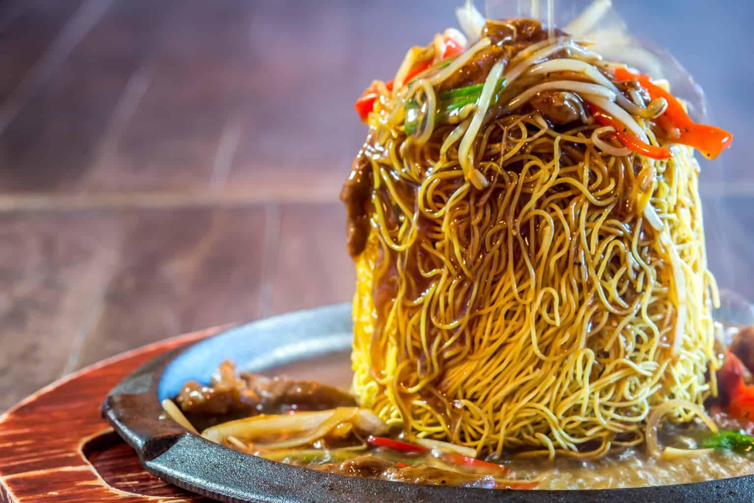 black pepper beef noodle
