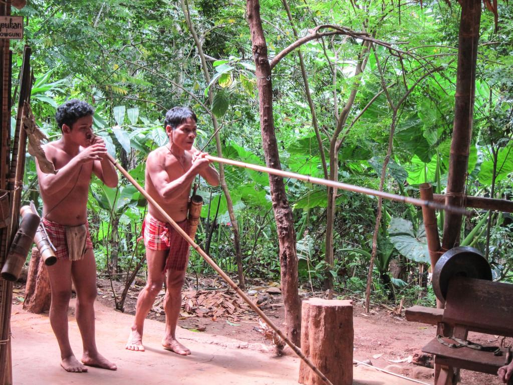 palawan tribe blowgun