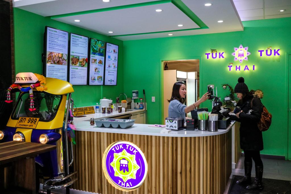 Tuk Tuk Thai Calgary Restaurant