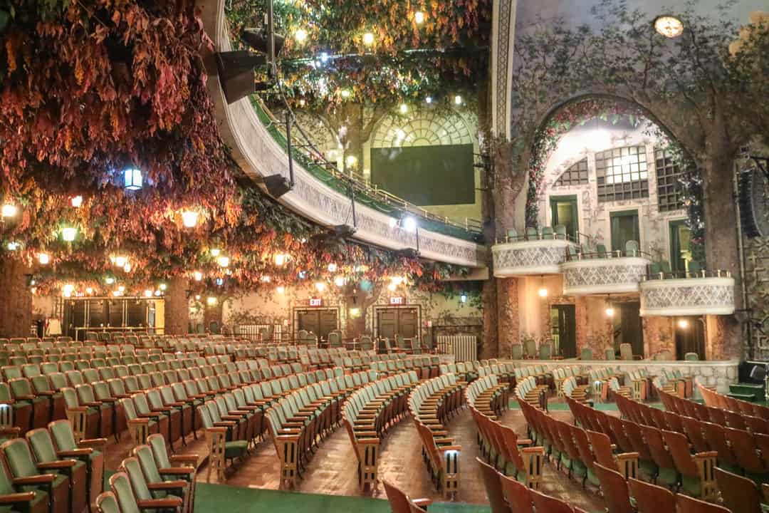 Behind The Scenes At Elgin Winter Garden Theatre Centre For Two Please