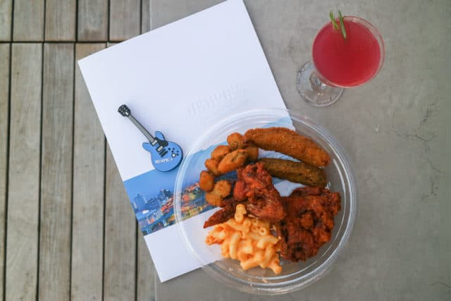 Gus's World Famous Fried Chicken - Best Restaurants Downtown Memphis Tennessee