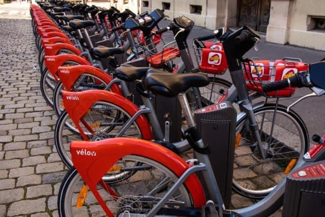 velo'v bike rental in Lyon France