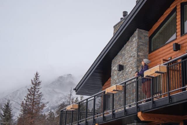 Best hotel in Jasper Pyramid Lake Resort