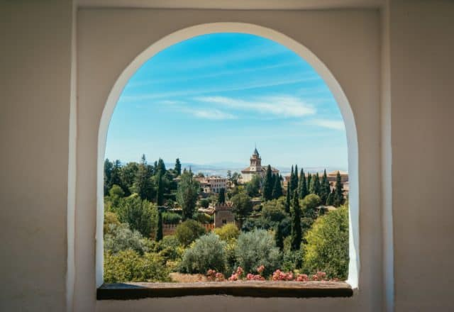 alhambra palace granada spain_1