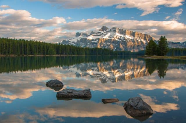 Two Jack Lake Banff Summer Activities