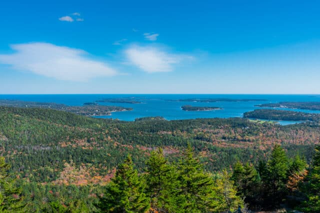 Acadia-National-Park-Mountain-Summit-in-Fall